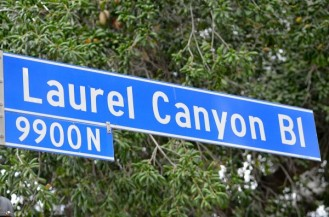 Laurel.Canyon.Blvd_.sign_.9900N-600x397